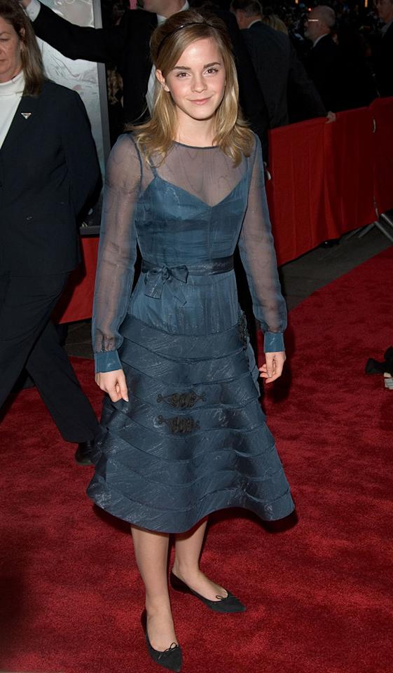 "2005  <a href=""http://movies.yahoo.com/movie/1808475610/info"">Harry Potter and the Goblet of Fire</a> NY premiere   Head-to-toe adorable and age appropriate in this belted blue dress and pointed flats."