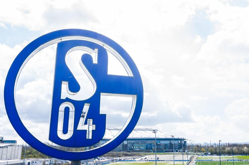 Schalke 04 (Photo by Guido Kirchner/picture alliance via Getty Images)