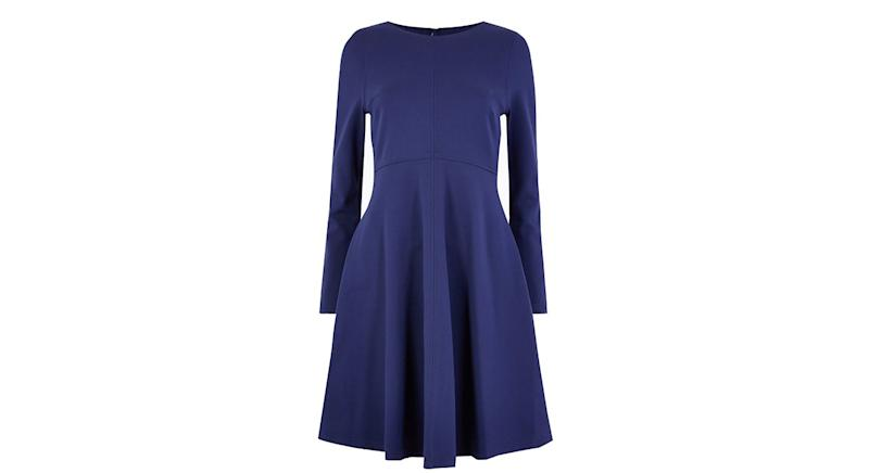 Empire Seam Fit & Flare Kleid von M&S | £35 (40,60 Euro)