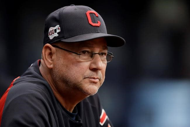 Indians' Francona recovering, still unable to rejoin team