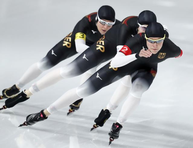 REFILE - CORRECTING ID Speed Skating - Pyeongchang 2018 Winter Olympics - Women's Team Pursuit competition - Gangneung Oval - Gangneung, South Korea - February 19, 2018 - Roxanne Dufter, Claudia Pechstein and Gabriele Hirschbichler of Germany compete. REUTERS/Damir Sagolj