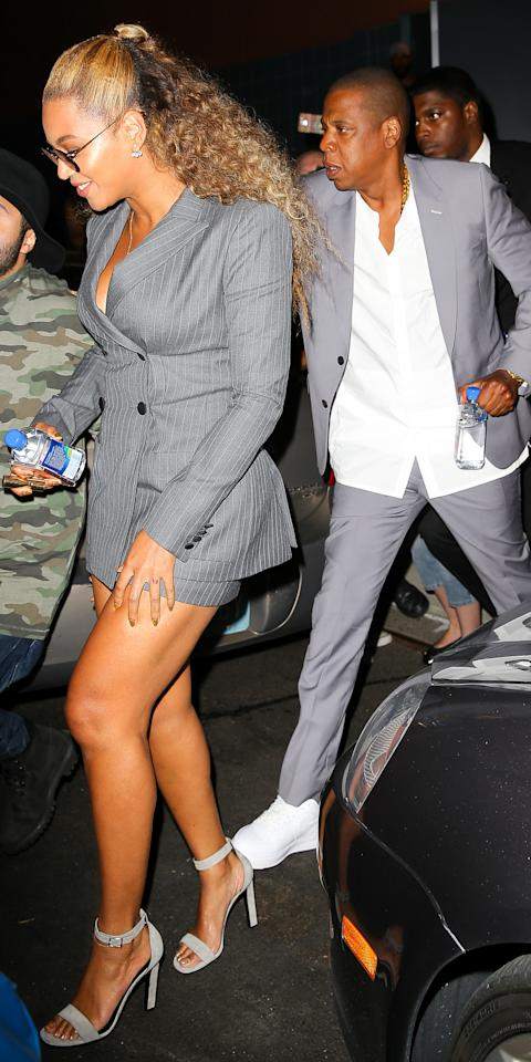 Beyonce & Jay Z In Coordinating At The Hands of Stone Premiere