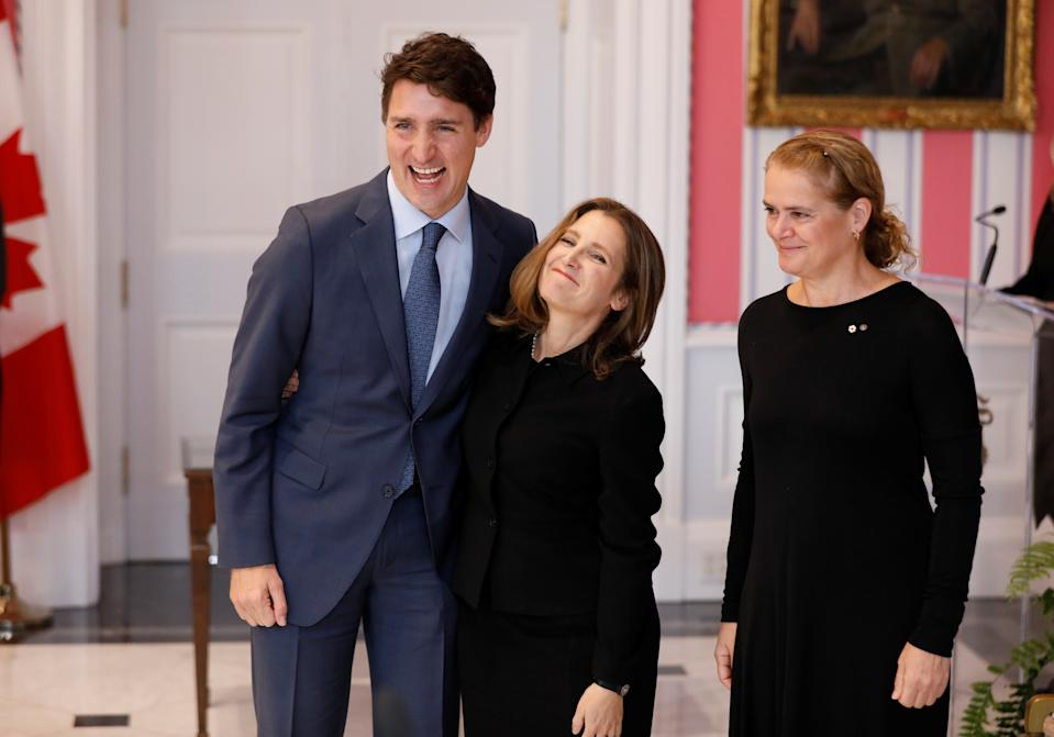 Chrystia Freeland poses with Canada's Prime Minister Justin Trudeau next to Gov. Gen. Julie Payette after being sworn-in as Deputy Prime Minister during the presentation of Trudeau's new cabinet, at Rideau Hall in Ottawa, Ontario, Canada November 20, 2019. REUTERS/Blair Gable