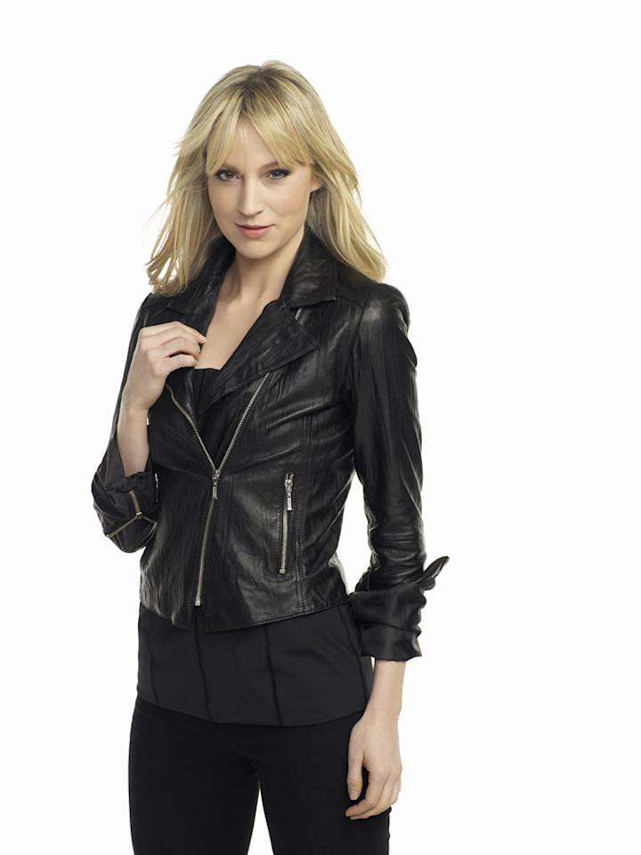 "Beth Riesgraf stars as Parker in ""Leverage."""