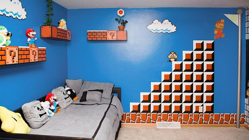 Dad Gets \'1 Up\' for Super Mario Bros.-Themed Kid\'s Bedroom