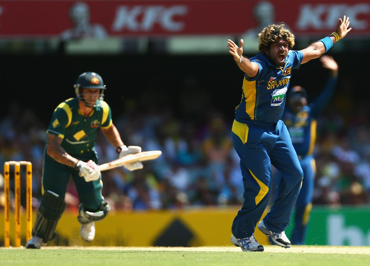 BRISBANE, AUSTRALIA - JANUARY 18: Lasith Malinga of Sri Lanka appeals unsuccessfully for the wicket of Mitchell Johnson of Australia during game three of the Commonwealth Bank One Day International Series between Australia and Sri Lanka at The Gabba on January 18, 2013 in Brisbane, Australia.  (Photo by Robert Cianflone/Getty Images)