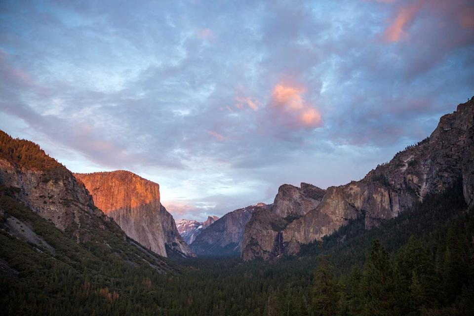 Colorful cloudy sunset at Tunnel View of Yosemite National Park
