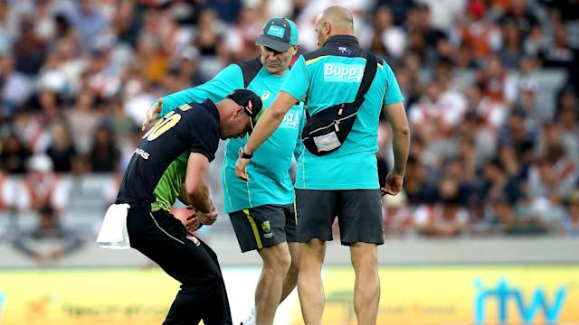 Australia batsman Chris Lynn will not play in the Pakistan Super League after dislocating his right shoulder against New Zealand.