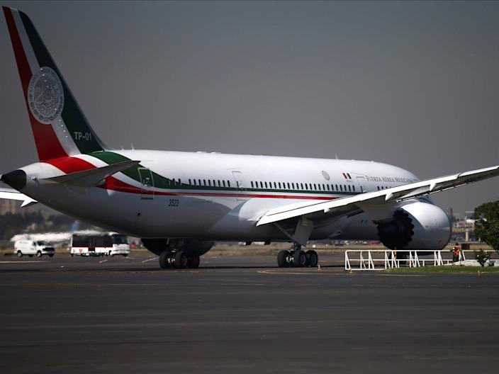 A Mexican government BBJ 787 Dreamliner.