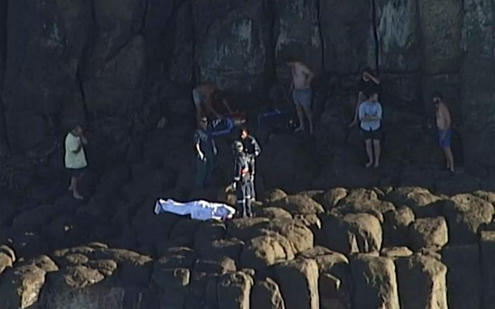 A scuba diver who was spear fishing died after being attacked in Queensland - AuBC/CHANNEL 7/CHANNEL 9