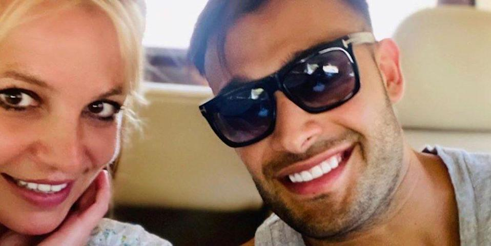 Britney Spears Boyfriend Just Revealed A Behind The Scenes Video Of The Singer In Response To Fans