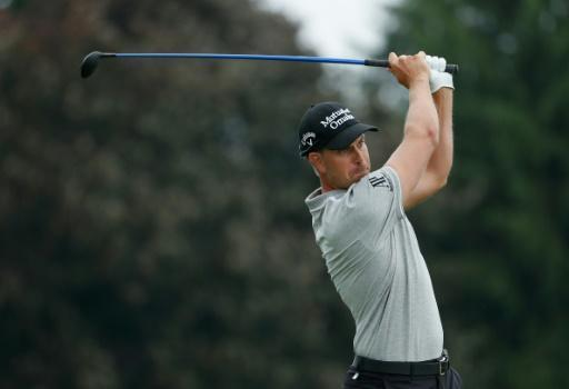 Swedish golfer Stenson in early running but Willett struggles