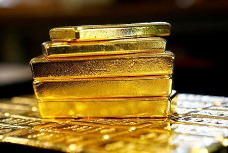 Gold bars at the Austrian Gold and Silver Separating Plant 'Oegussa' in Vienna, Austria, March 18, 2016. REUTERS/Leonhard Foeger/File Photo
