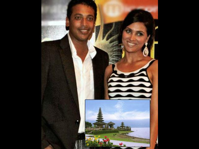 <b>Mahesh-Lara: Bali</b><br> Here is a perfect example of a belated honeymoon. After their wedding both were pretty occupied with their careers, as Mahesh had to rush for a tennis match in Dubai whereas Lara had her commitments with the shooting of Don. Finally they found some time and the couple decided to put their career commitments on the backbench and head to Bali for their honeymoon.