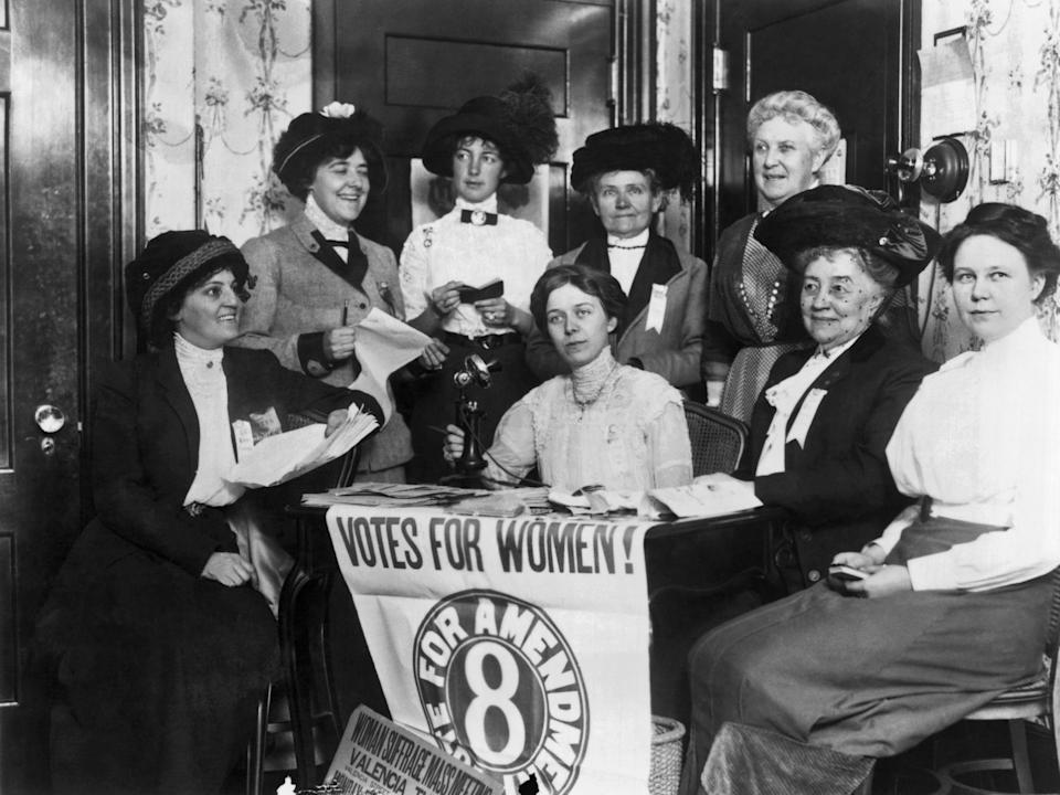 Women supporting the passage of the 19th Amendment in San Francisco, California.