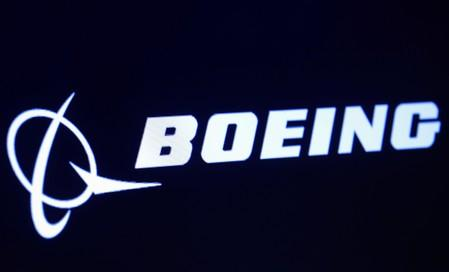 Boeing 737 Max chief retires as planes stay grounded