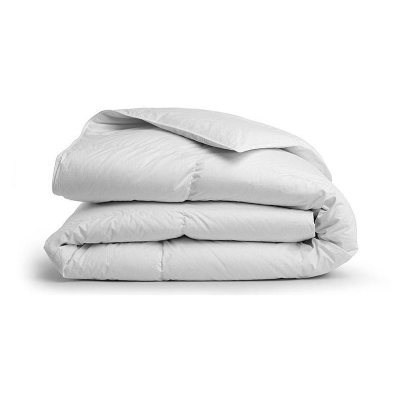 """<a rel=""""nofollow noopener"""" href=""""https://rstyle.me/n/c7eri2chdw"""" target=""""_blank"""" data-ylk=""""slk:Down Comforter, Brooklinen, $349""""Fall is the best time to start building a cozy bedroom! Start by switching from a lightweight summer comforter or quilt to something that will hold more heat, like our All-Season Down Comforter."""""""" class=""""link rapid-noclick-resp"""">Down Comforter, Brooklinen, $349<p>""""Fall is the best time to start building a cozy bedroom! Start by switching from a lightweight summer comforter or quilt to something that will hold more heat, like our All-Season Down Comforter.""""</p> </a>"""
