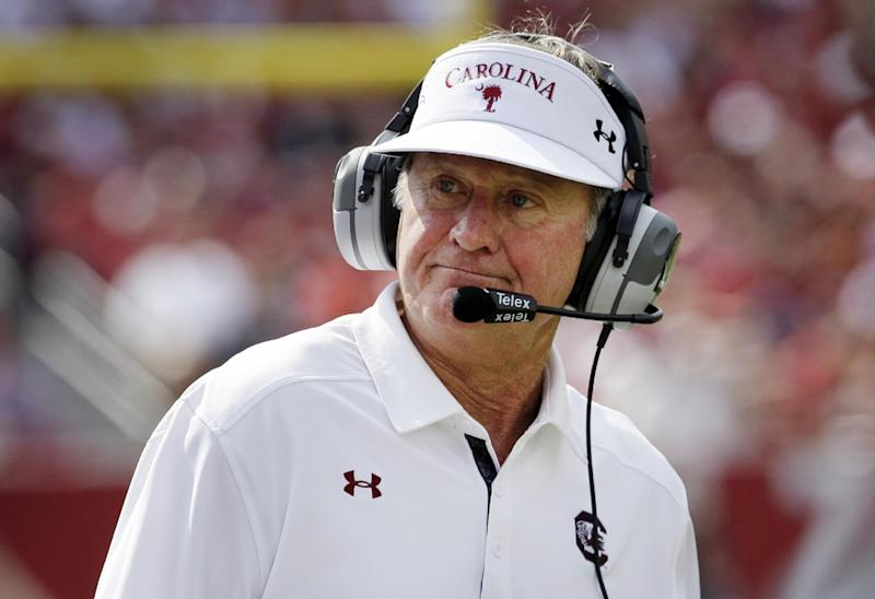 Steve Spurrier gets extension, $700,000 raise