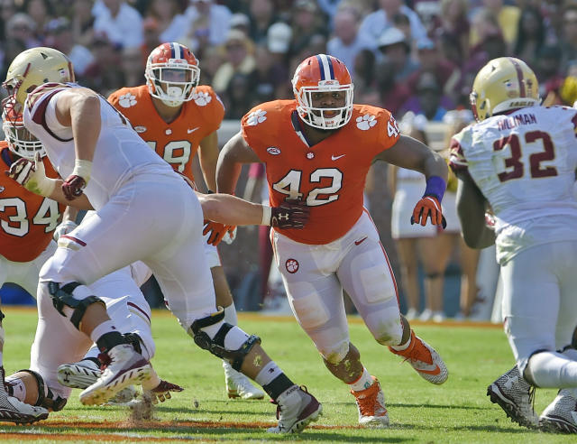 Clemson's Christian Wilkins could be tearing it up in the NFL right now. Instead, he decided to stick around and form one of the most formidable defensive line units in college football history. (AP Photo/Richard Shiro, File)