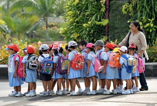 Pre-school children tour the Garden by the Bay during an excursion in Singapore on July 25, 2012. (AFP Photo/Roslan Rahman)