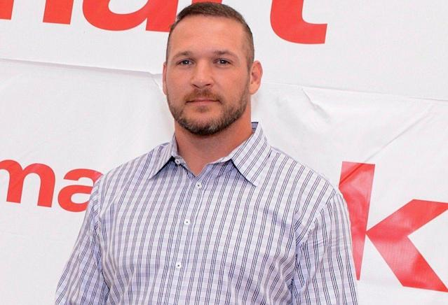 Brian Urlacher is less follicly challenged than he used to be. (Getty)