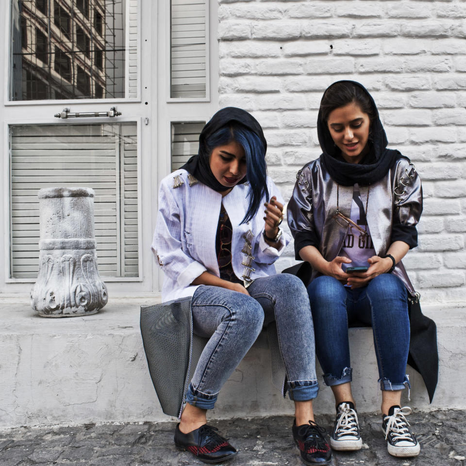 Tehran street style (Photo by Hoda Katebi)