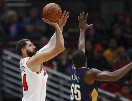 Mirotic's face broken in scuffle at Bulls practice