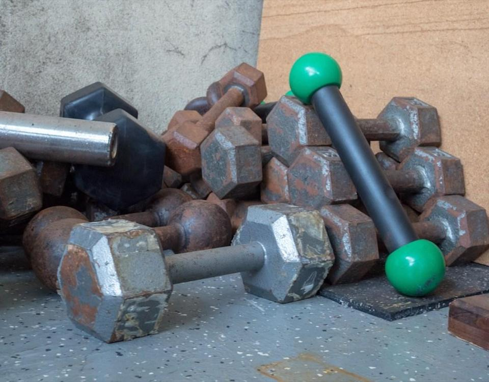 How often do you <em>really </em>use those dumbbells in the corner? If it's been over 6 months, there's no use having them around. All those extra items that are just collecting dust are only adding clutter to your home and making it harder for you to organize what you <em>do </em>use. After getting rid of the excess baggage, you'll have more space and energy for what you love.