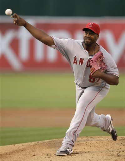 Los Angeles Angels' Jerome Williams works against the Oakland Athletics during the first inning of a baseball game, Monday, May 21, 2012, in Oakland, Calif. (AP Photo/Ben Margot)
