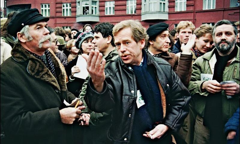 Vaclav Havel, centre, in discussion at a demonstration in Prague on 10 December 1988.