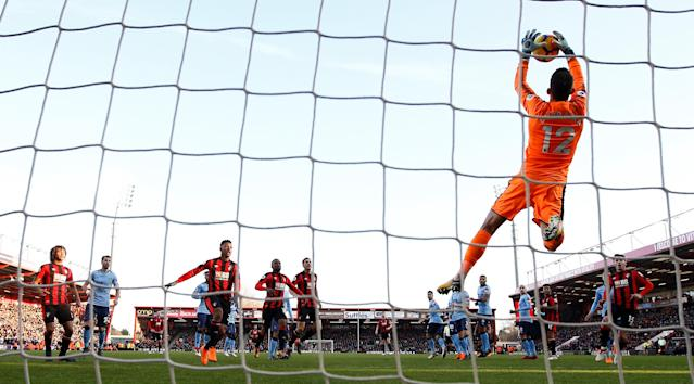 """Soccer Football - Premier League - AFC Bournemouth vs Newcastle United - Vitality Stadium, Bournemouth, Britain - February 24, 2018 Newcastle United's Martin Dubravka in action REUTERS/Peter Nicholls EDITORIAL USE ONLY. No use with unauthorized audio, video, data, fixture lists, club/league logos or """"live"""" services. Online in-match use limited to 75 images, no video emulation. No use in betting, games or single club/league/player publications. Please contact your account representative for further details."""