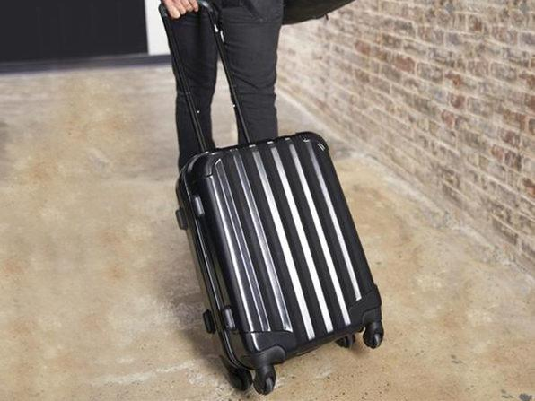 Pack more than ever in this spinner suitcase! (Photo: Yahoo Lifestyle Shop)