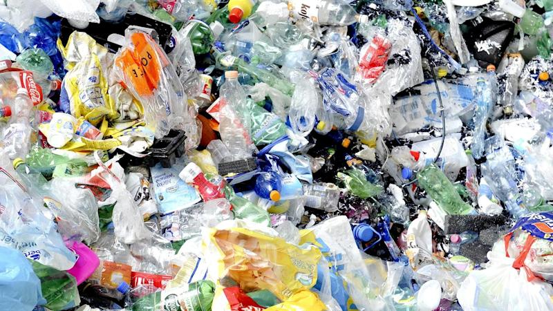 A summit will call on the government to mandate that all plastic packaging be recyclable by 2025