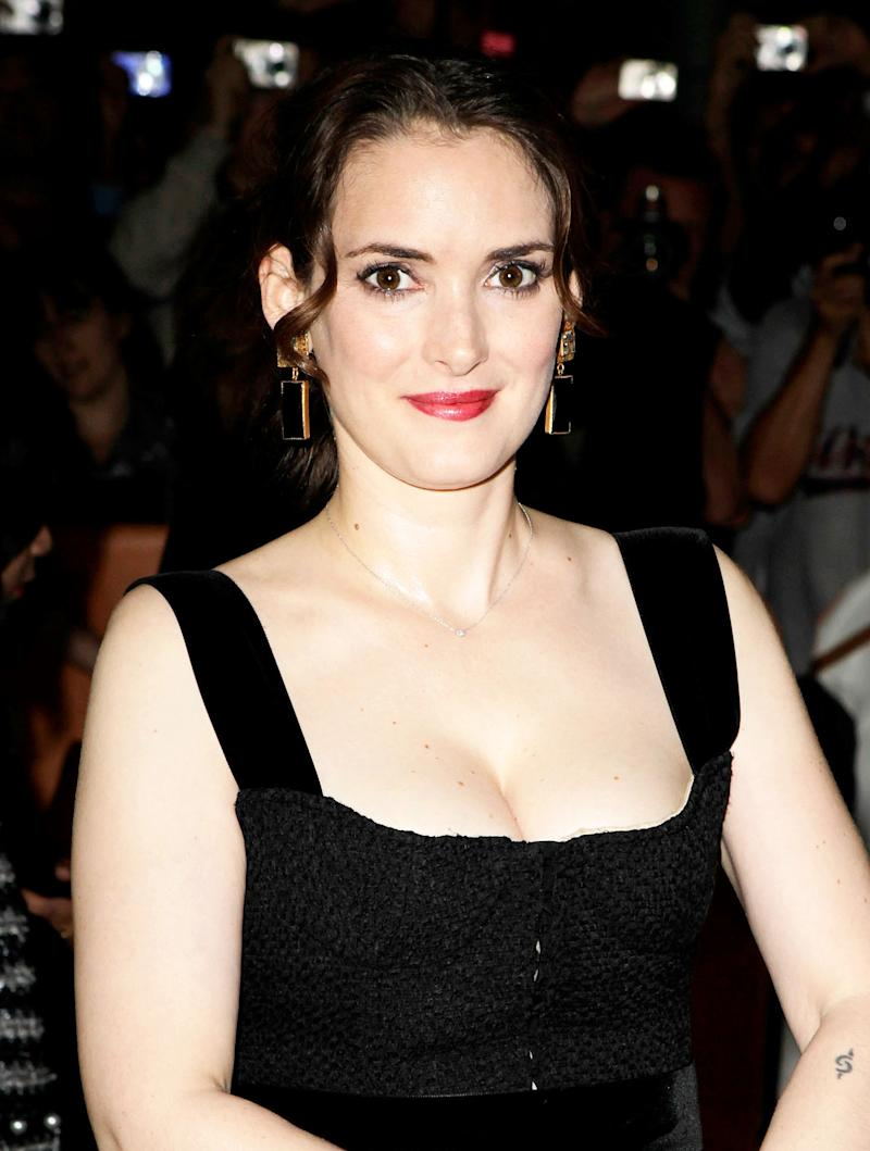 The Sexy Beauty Trick Winona Ryder's Makeup Artist Learned ...