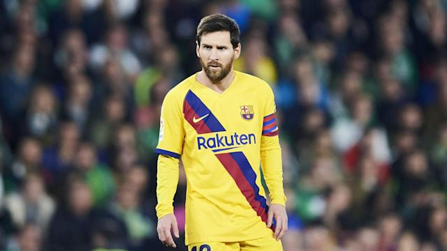 Lionel Messi will not but put under an unmanageable strain despite Barcelona's problems in attack, says Quique Setien.