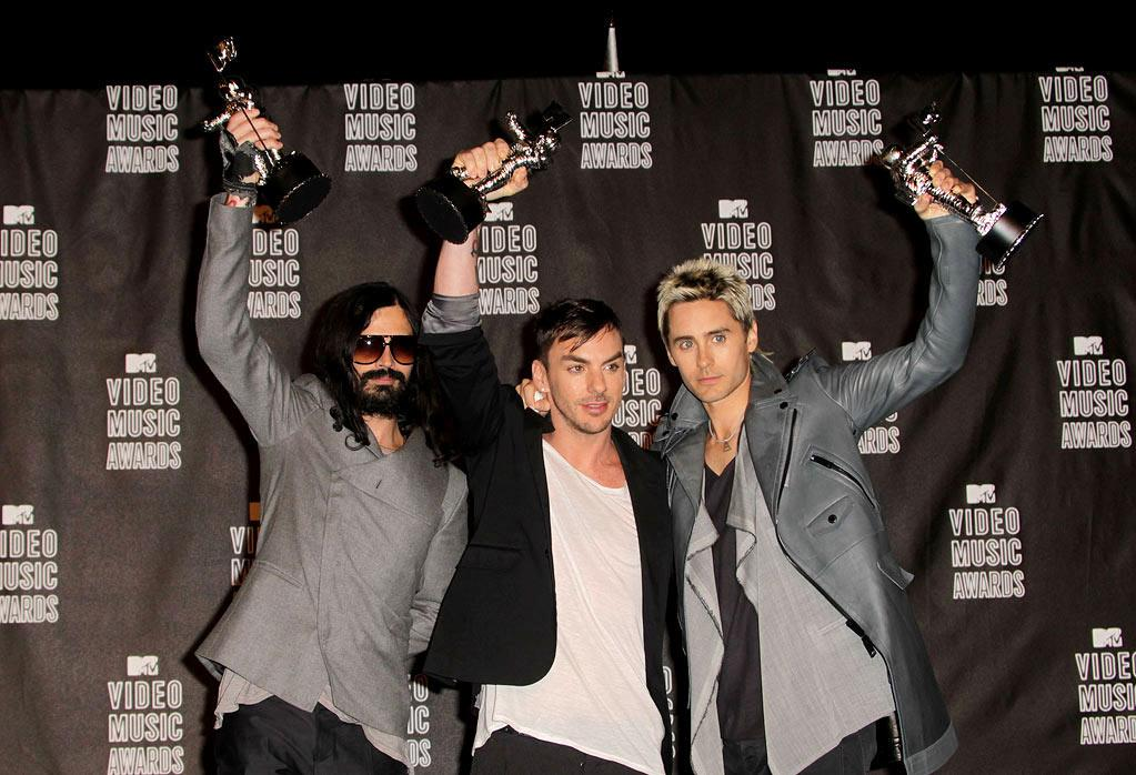 """BEST — Jordan Catalano's Lame Band Wins Something: It's not only nice that Jared Leto has won an award, but it's also good to know that the loyal fans whom he and the rest of 30 Seconds to Mars always speak of aren't imaginary, like we'd always feared. <a href=""""http://www.televisionwithoutpity.com/show/award_shows/mtv_vmas_best_and_worst_moment.php?__source=tw