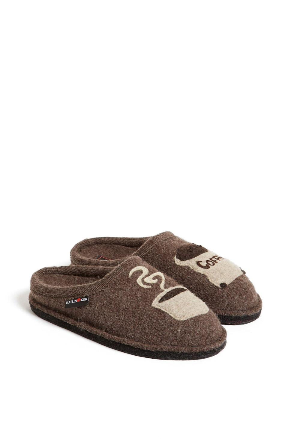 """<p><strong>Haflinger</strong></p><p>nordstrom.com</p><p><strong>$85.95</strong></p><p><a href=""""https://go.redirectingat.com?id=74968X1596630&url=https%3A%2F%2Fwww.nordstrom.com%2Fs%2Fhaflinger-coffee-slipper%2F3514212&sref=https%3A%2F%2Fwww.delish.com%2Fholiday-recipes%2Fchristmas%2Fg3132%2Fgift-coffee-obsessed%2F"""" rel=""""nofollow noopener"""" target=""""_blank"""" data-ylk=""""slk:BUY NOW"""" class=""""link rapid-noclick-resp"""">BUY NOW</a></p><p>For peak Sunday-morning coziness. </p>"""