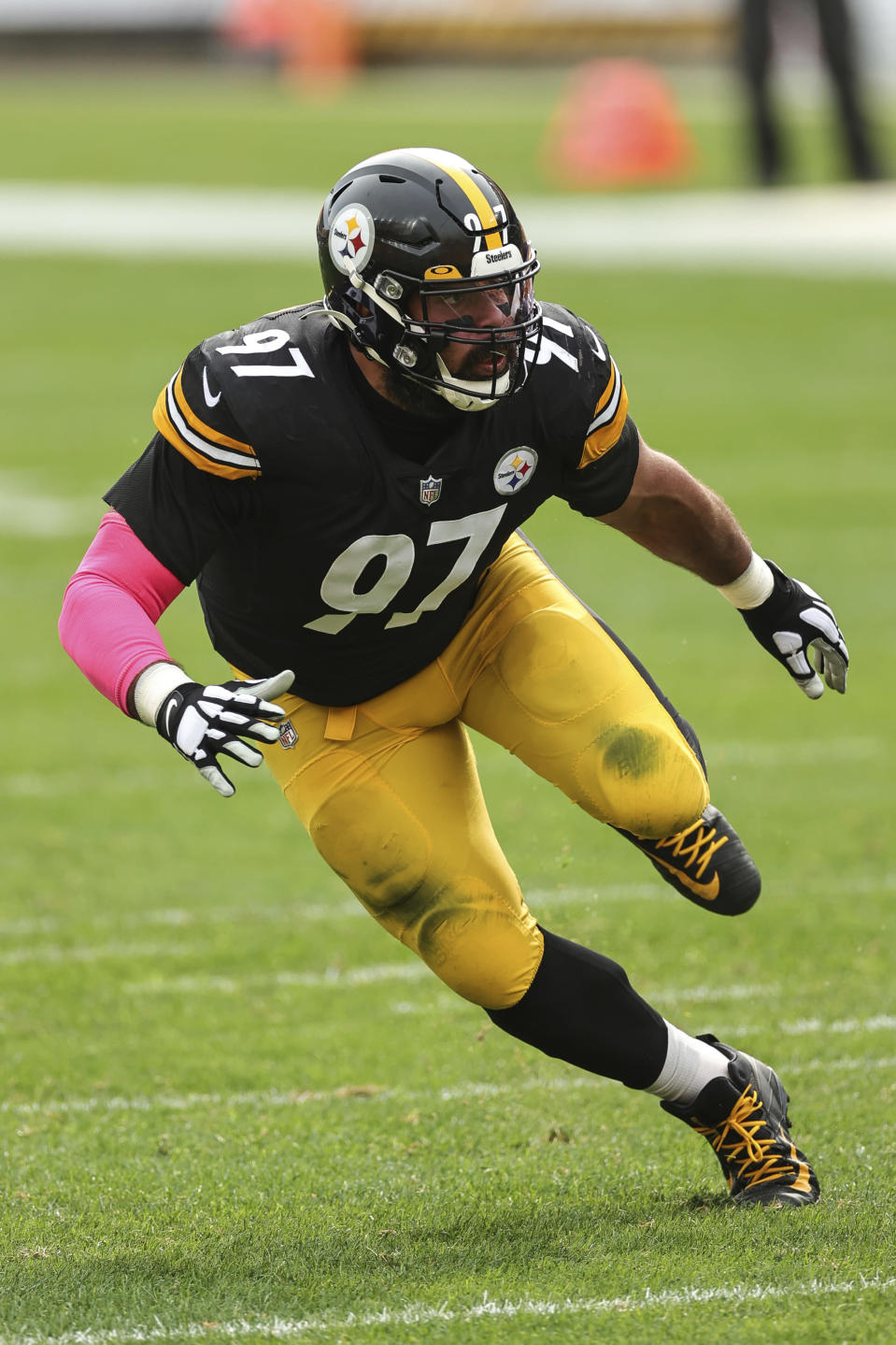 Pittsburgh Steelers defensive end Cameron Heyward (97) takes a defensive position during an NFL game against the Cleveland Browns, Sunday, Oct. 18, 2020, in Pittsburgh. The Steelers defeated the Browns 38-7. (Margaret Bowles via AP)