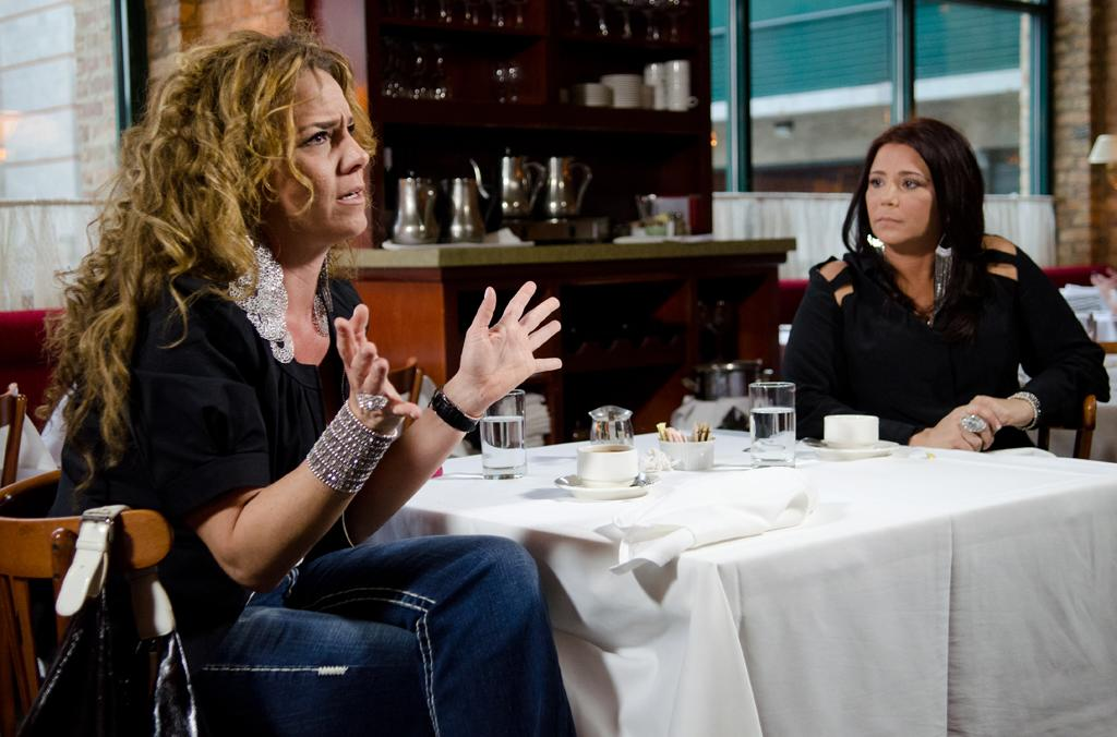 "<p><b>Mob Wives Chicago</b> (Sunday, 5/27 on VH1)<br><br> They probably should have titled this ""Mob Kids,"" as it is largely filled with women who are the offspring, not the spouses, of infamous mobsters, but wives must be a catchier gimmick. Given what we've seen from the original Staten Island divas, we expect more fighting about who is the most loyal and who spoke ill about the other. </p>"
