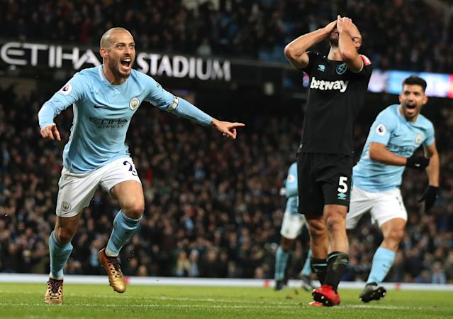 "<a class=""link rapid-noclick-resp"" href=""/soccer/players/david-silva/"" data-ylk=""slk:David Silva"">David Silva</a> celebrates his winner for <a class=""link rapid-noclick-resp"" href=""/soccer/teams/manchester-city/"" data-ylk=""slk:Manchester City"">Manchester City</a>. (Getty)"
