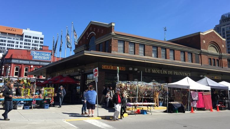 Think you could oversee the ByWard and Parkdale markets? Apply now