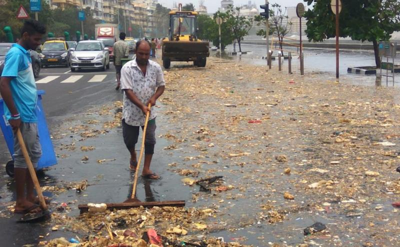 Brihanmumbai Municipal Corporation (BMC) officials said they collected around nine metric tonnes of garbage from the road near Mrine Drive on Friday. @DighavkarKiran