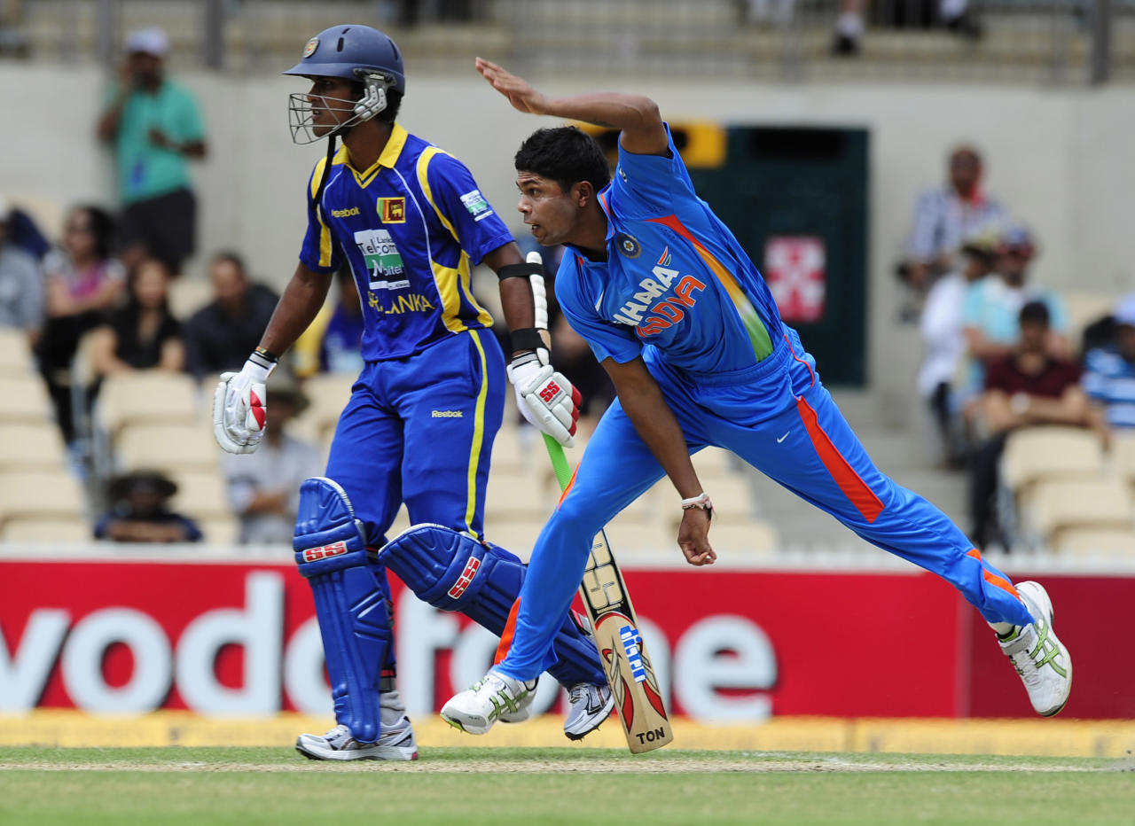 India's Umesh Yadav bowls against Sri Lanka during their One Day International cricket series match in Adelaide, Australia, Tuesday, Feb. 14, 2012. (AP Photo/David Mariuz)