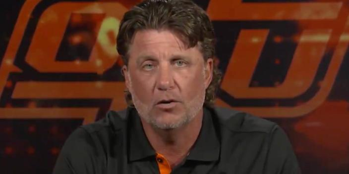 Oklahoma State head coach Mike Gundy and star running back Chuba Hubbard appear to be on better terms after Gundy's apology.
