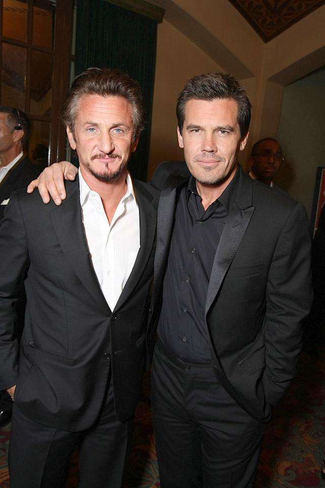 "<a href=""http://movies.yahoo.com/movie/contributor/1800019044"">Sean Penn</a> and <a href=""http://movies.yahoo.com/movie/contributor/1800019611"">Josh Brolin</a> at the San Francisco premiere of <a href=""http://movies.yahoo.com/movie/1810041985/info"">Milk</a> - 10/28/2008"