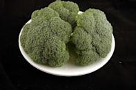 """<div class=""""caption-credit""""> Photo by: Wisegeek.com</div>Three heads of broccoli -- enough to feed your family -- is still only about 200 calories. <br>"""