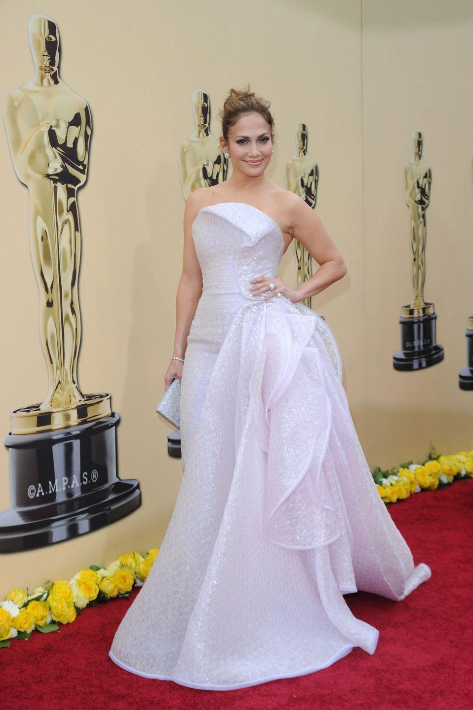 <p><strong>When: </strong>March 2010</p><p><strong>Where: </strong>The Academy Awards</p><p><strong>Wearing: </strong>Armani Privé</p>