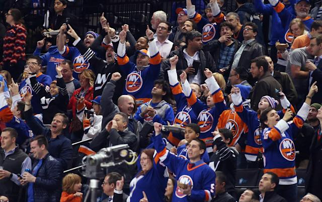 Islanders looking to leave Barclays Center via out clause?