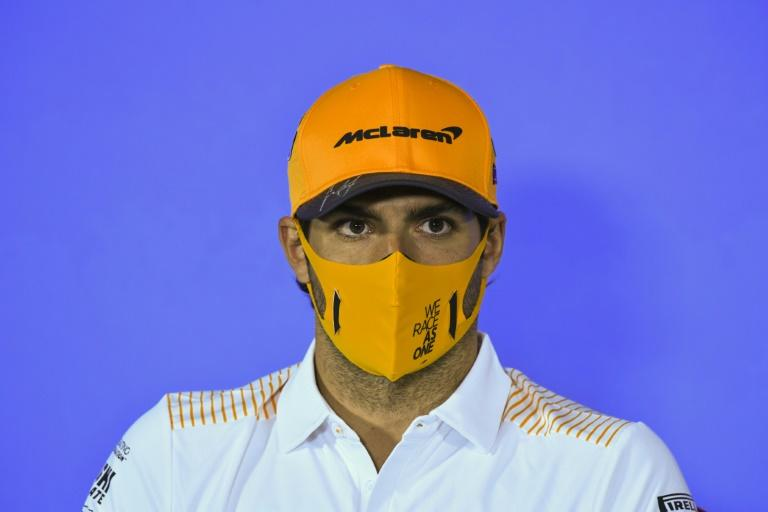 No hiding priorities: Carlos Sainz in Spielberg this week wearing a protective mask due to health protocols at the track