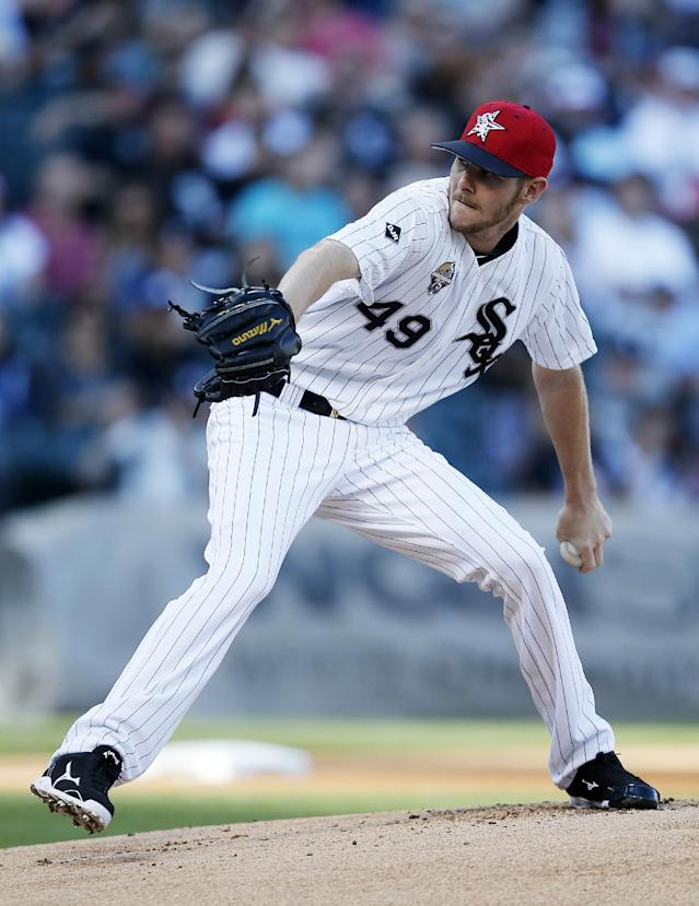 Chicago White Sox starting pitcher Chris Sale delivers against the Seattle Mariners during the first inning of a baseball game on Friday, July 4, 2014, in Chicago. (AP Photo/Andrew A. Nelles)